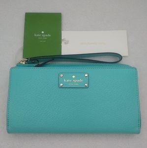 Kate Spade Wellesley Layton Wallet in Fresh Air